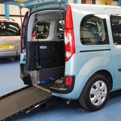Kangoo Auto Wheelchair access car gx12eos