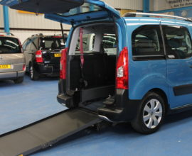 Berlingo wheelchair access car axz2501