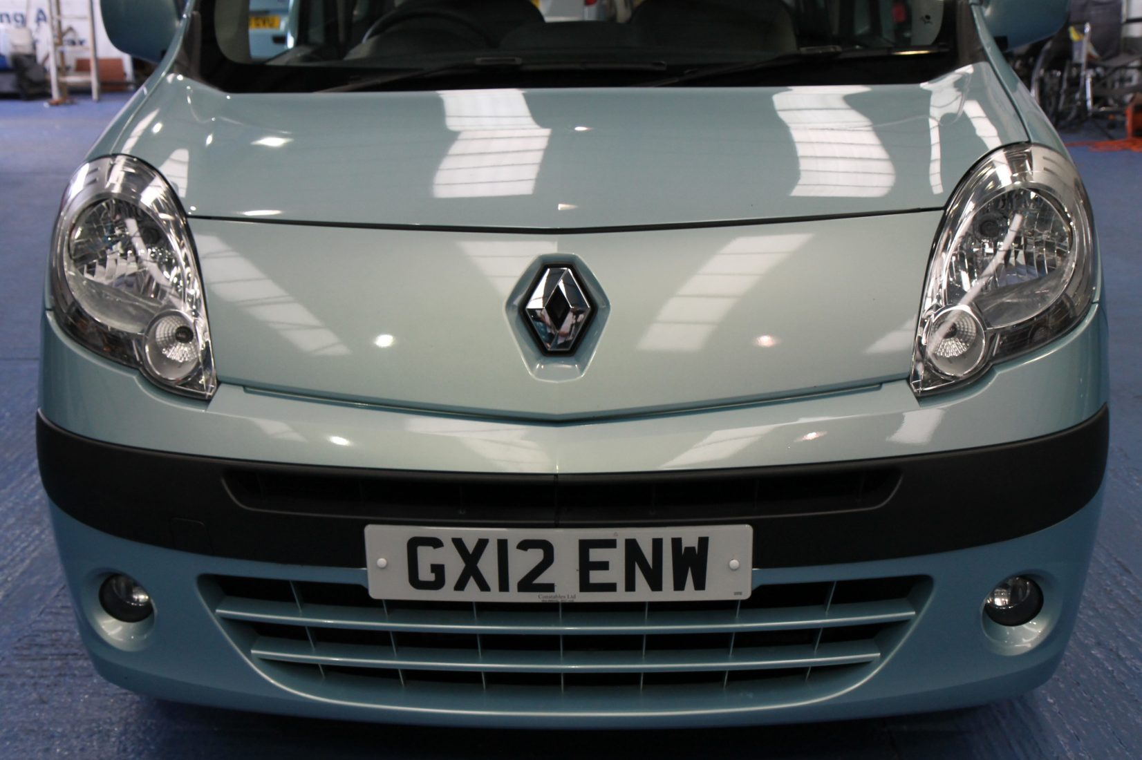 What Lights Are Used To Indicate A Disabled Car