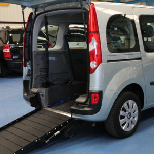 Kangoo Auto Wheelchair access car gx61bho
