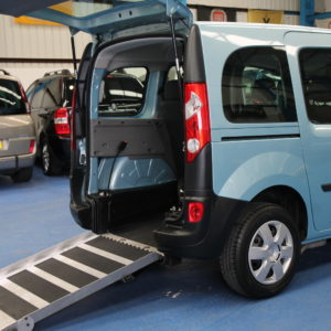 Kangoo Auto Wheelchair access car yj61ocb