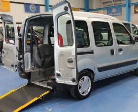 Kangoo Wheelchair access car lx09etz