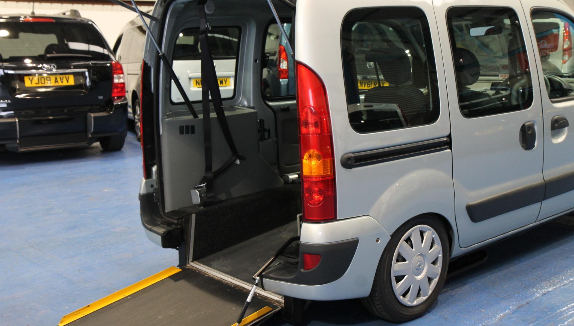 Kangoo Wheelchair upfront car