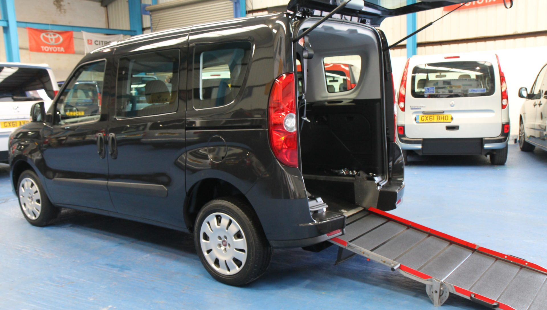 New Shape doblo Wheelchair accessible vehicle yx12ewm