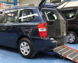Kia sedona Wheelchair access car yj08vxn