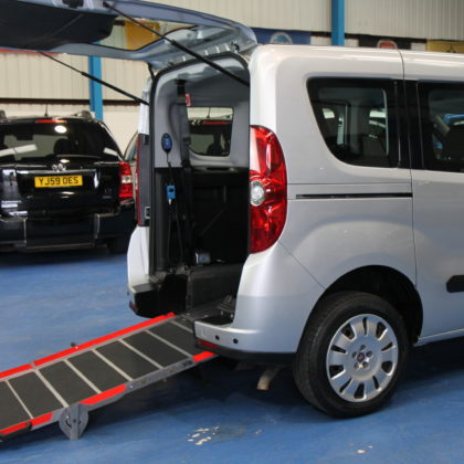 New Shape doblo Wheelchair accessible car yx12aee