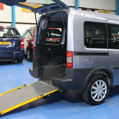 vauxhall Wheelchair accessible car nv10l
