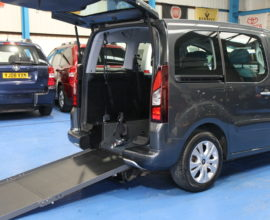 Citroen wheelchair access car fxz9315
