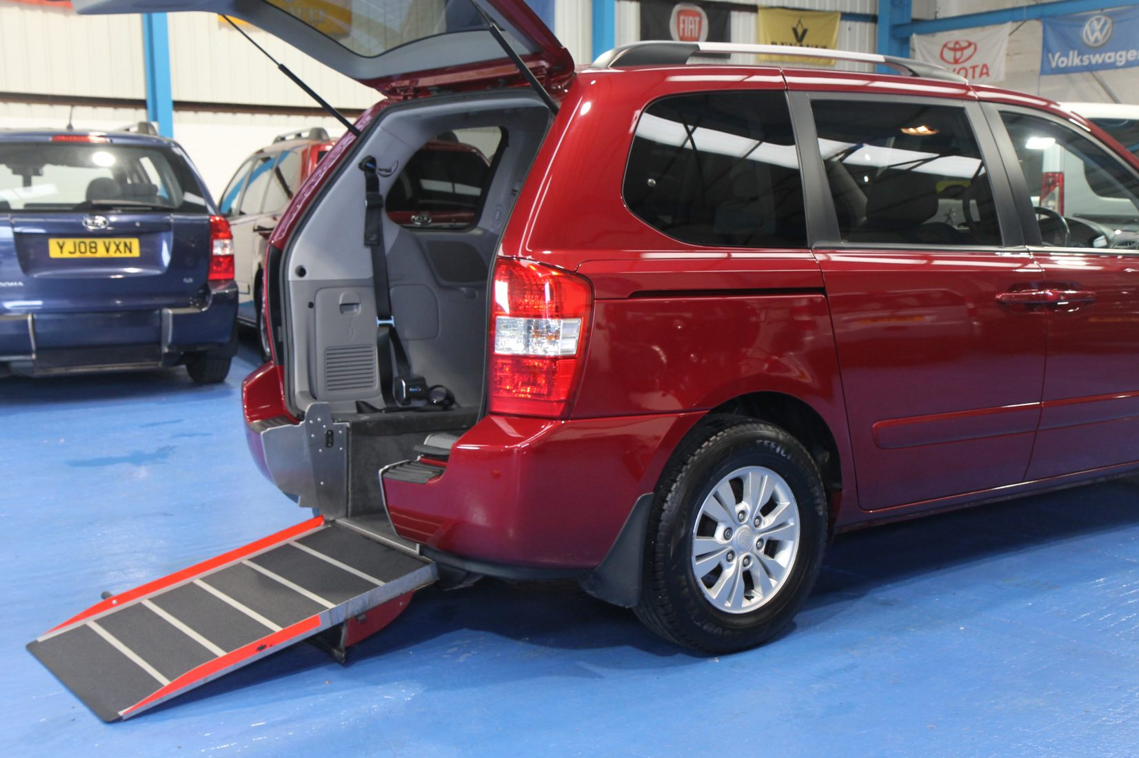 Kia Sedona Auto Wheelchair Car Yj61dhz Wheelchair
