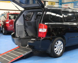 Kia sedona Wheelchair access car yj58vpd