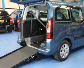 Citroen Berlingo Wheelchair adapted car yn12hpk