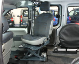 Kangoo Transfer from wheelchair to drive
