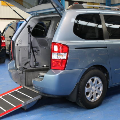 Kia sedona Auto Wheelchair car yj59obb