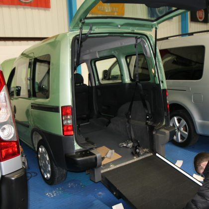 Vauxhall Combo Auto wheelchair car nv11