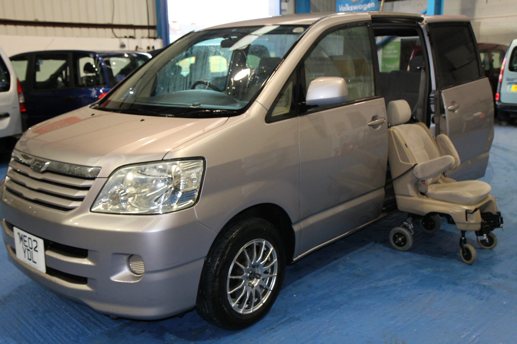 Toyota Wheelchair Adapted Car With Power Lift Wheelchair