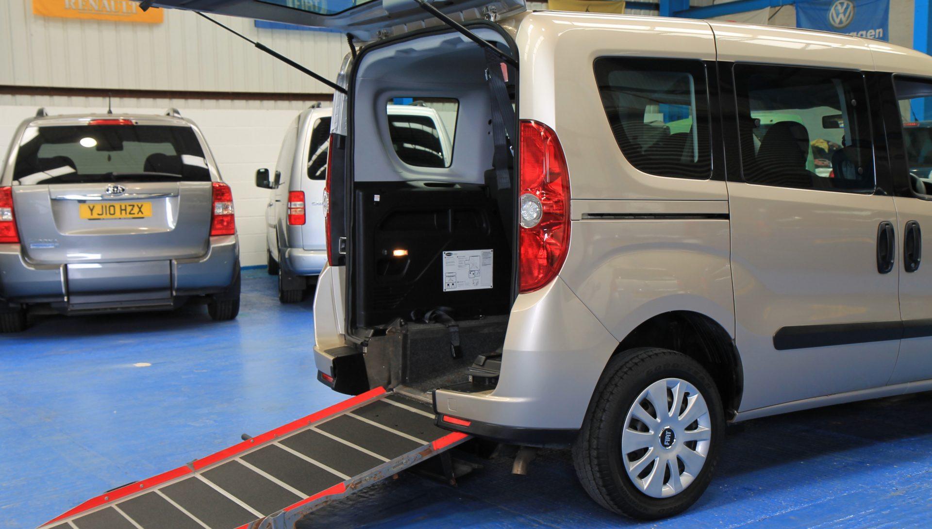 New Shape doblo Wheelchair car yy62ott