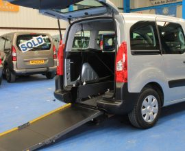 Petrol berlingo Wheelchair access car wf10