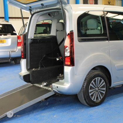 Peugeot Wheelchair accessible sf62