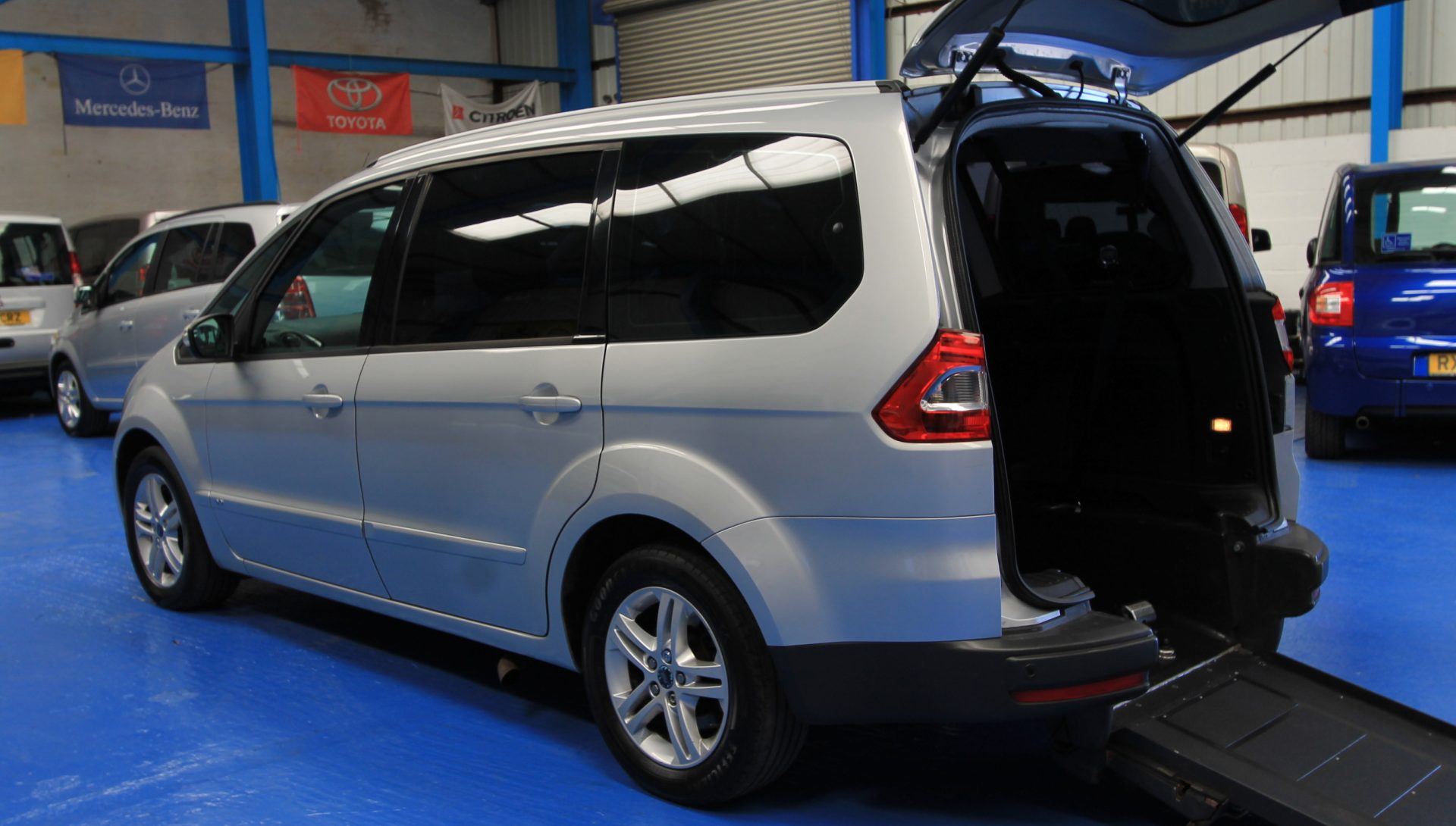 Wheelchair Accessible Vehicles: Ford Galaxy Wheelchair Access Vehicle Auto
