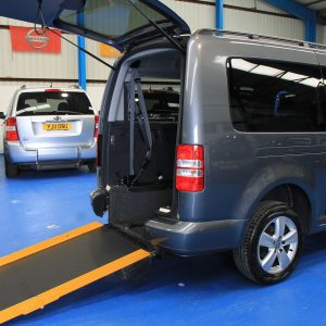 Caddy Full Length Lowered floor WAV
