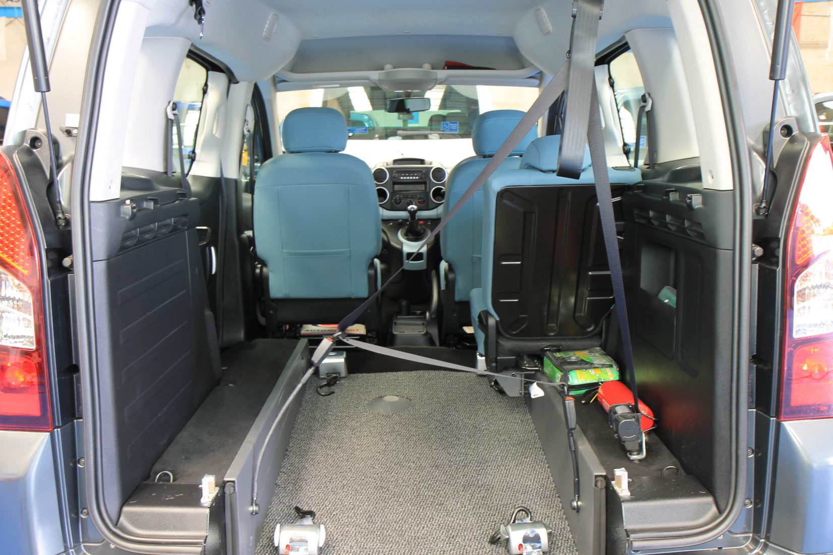 Wheelchair Accessible Vehicles: Berlingo Wheelchair Accessible Vehicles 2015