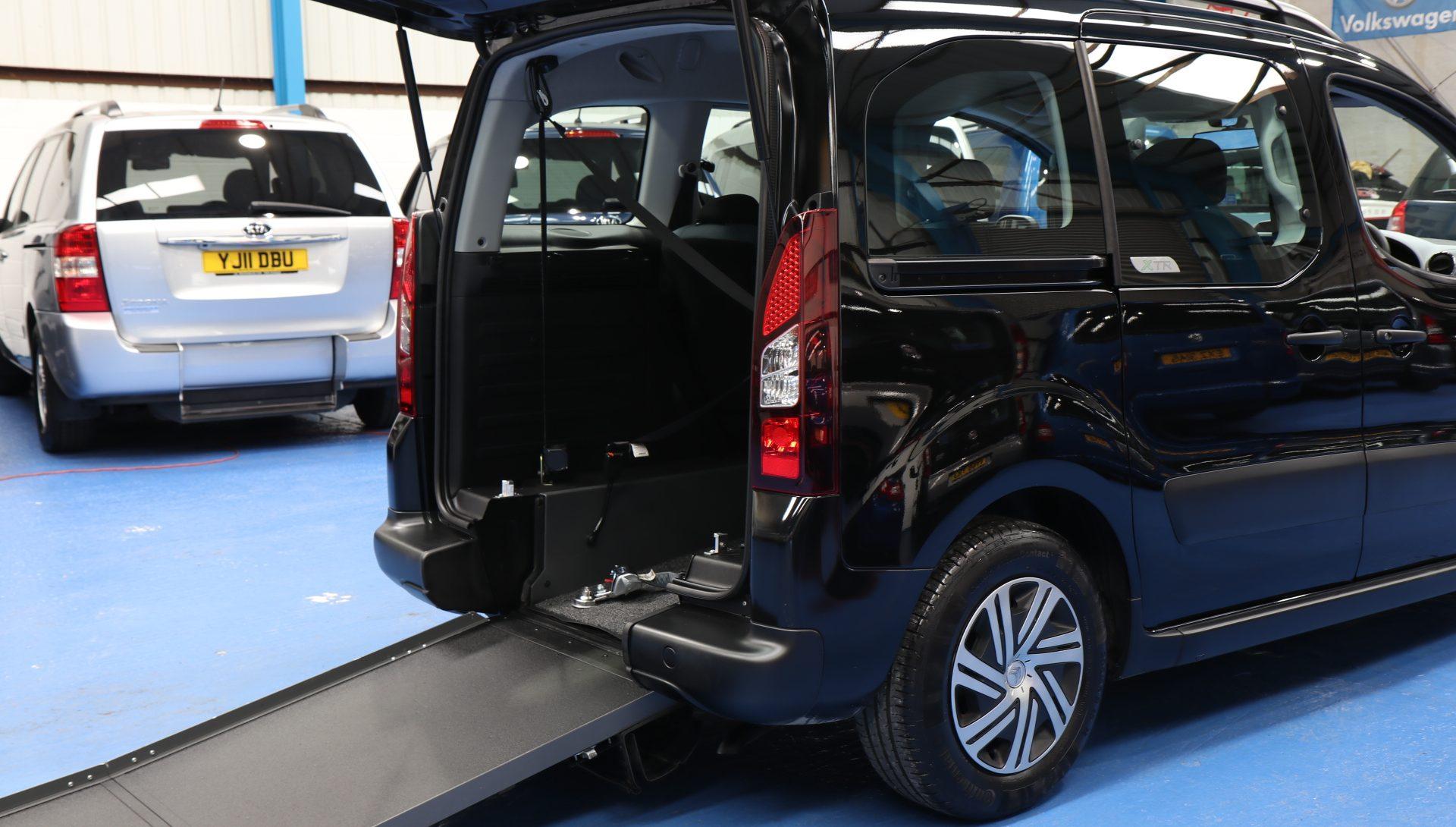 Berlingo Auto wheelchair Car exz6922