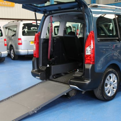 Berlingo Wheelchair access car yjz5340