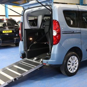 Doblo Wheelchair accessible car yy63