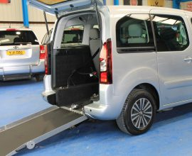 Peugeot wheelchair accessible car sf13j