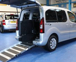 Peugeot wheelchair accessible vehicle sf13n