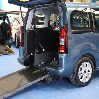 Berlingo Wheelchair access cars exz8548
