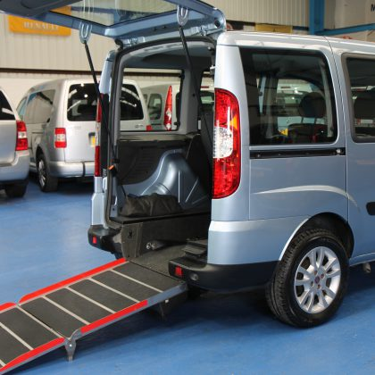 Doblo Wheelchair accessible cars yn56