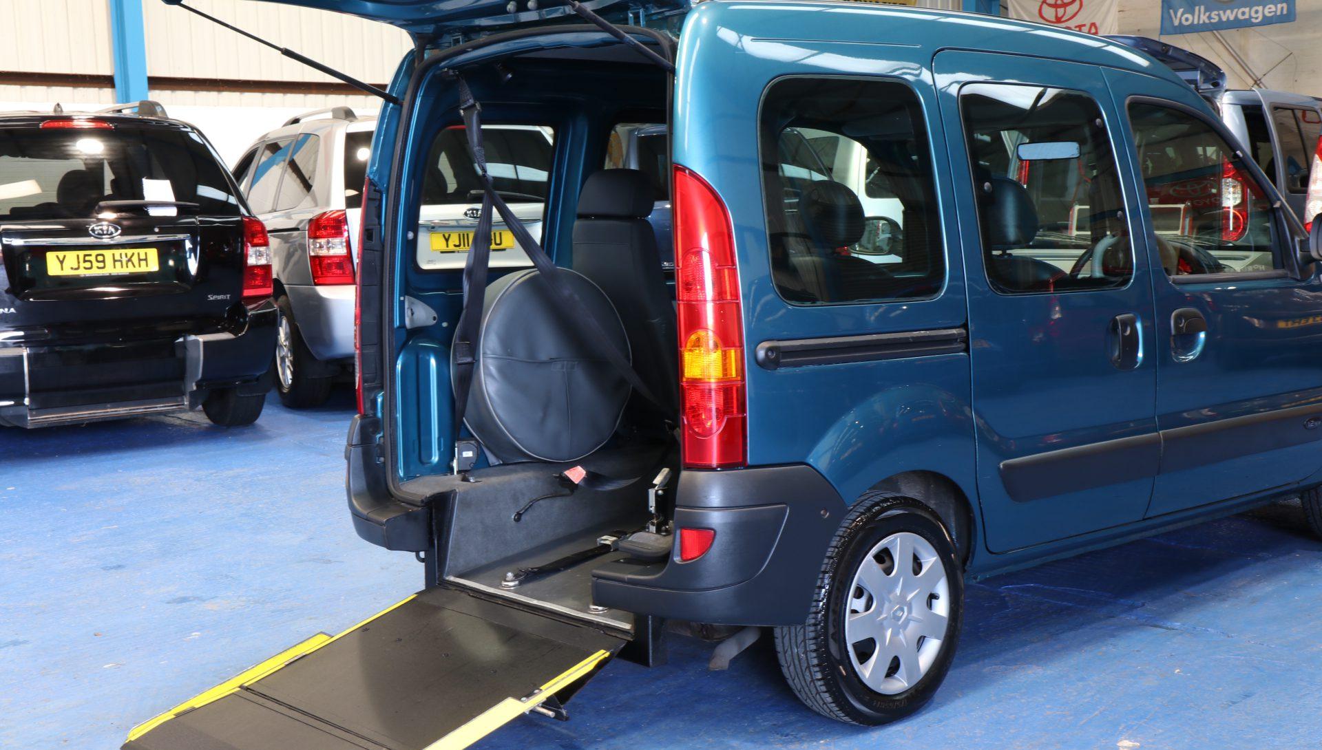 Kangoo Wheelchair accessible cars rx07