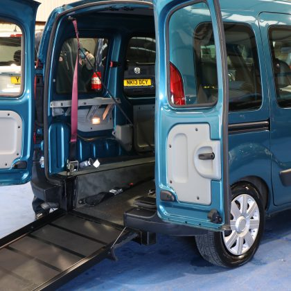 Kangoo Auto Wheelchair car pf07