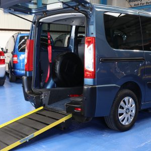 Peugeot expert wheelchair car yj59
