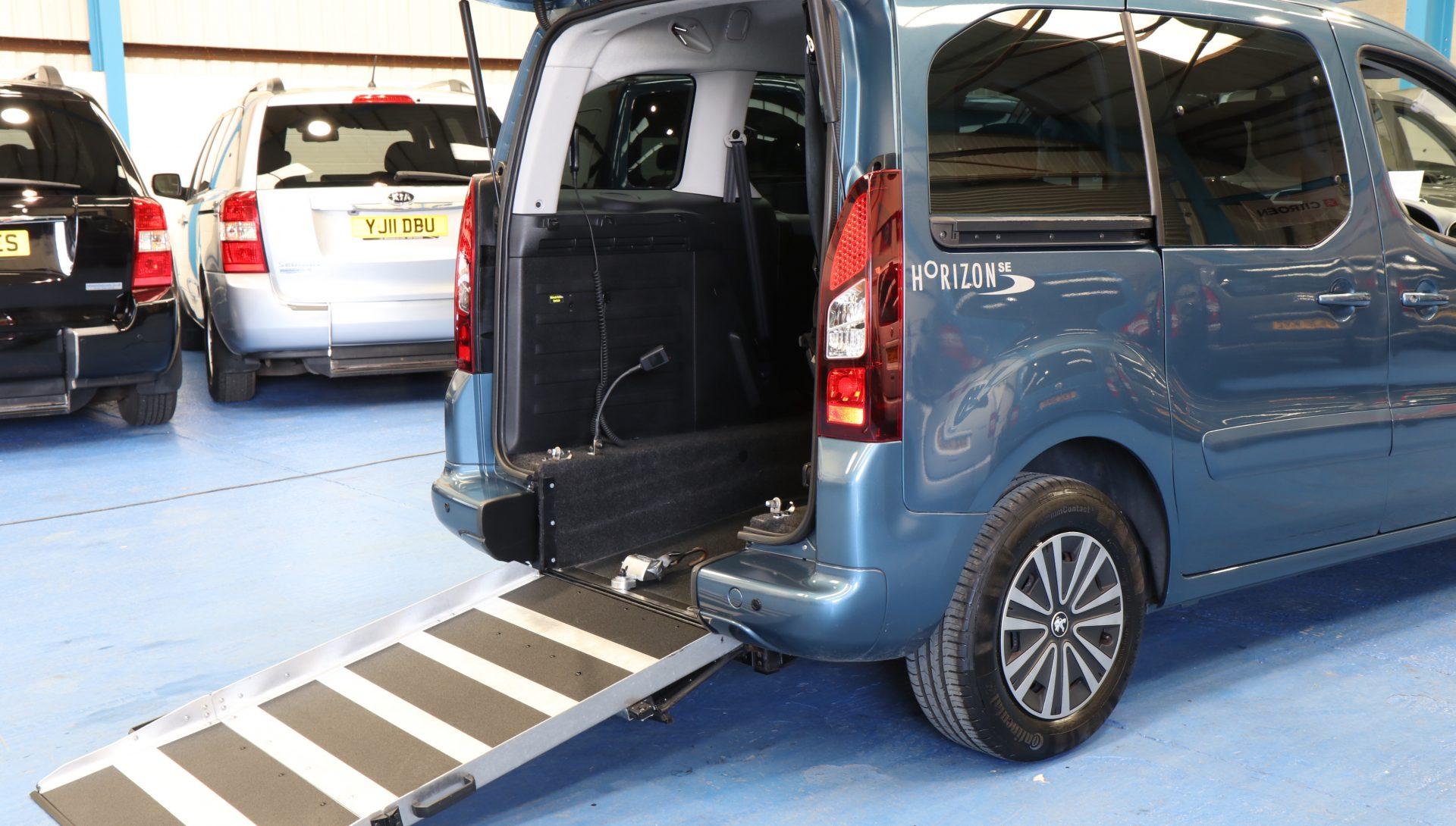 Peugeot petrol wheelchair cars sd63ewa