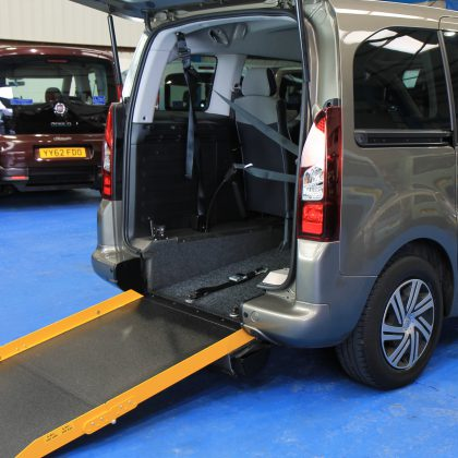 Berlingo Auto wheelchair Cars nk62