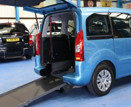 Berlingo Wheelchair access cars bxz3009