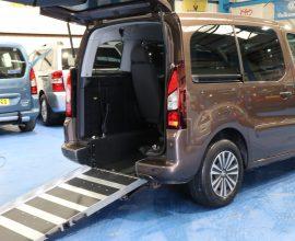 Peugeot petrol wheelchair cars sd63ffe