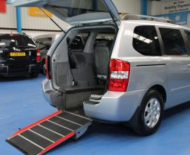 Kia sedona Auto Wheelchair car yj59oev