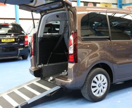 Peugeot Auto wheelchair accessible sd63