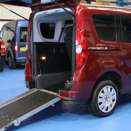 Doblo Wheelchair accessible vehicle yy62