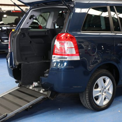 Vauxhall Zafira petrol wheelchair car nu12b