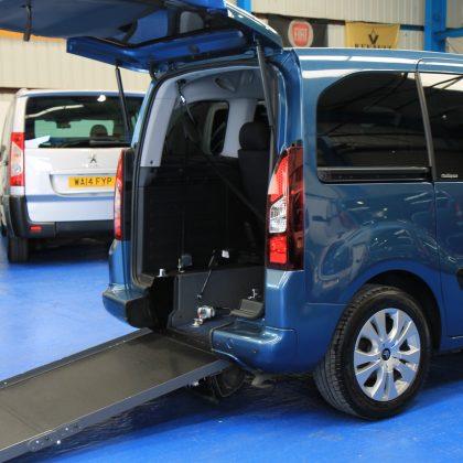 Berlingo Wheelchair accessible cars dxz6635