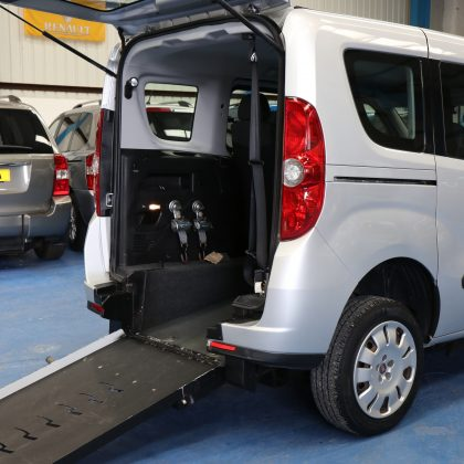 Doblo Wheelchair accessible cars yx62