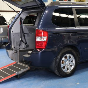 Kia sedona Wheelchair car yj58