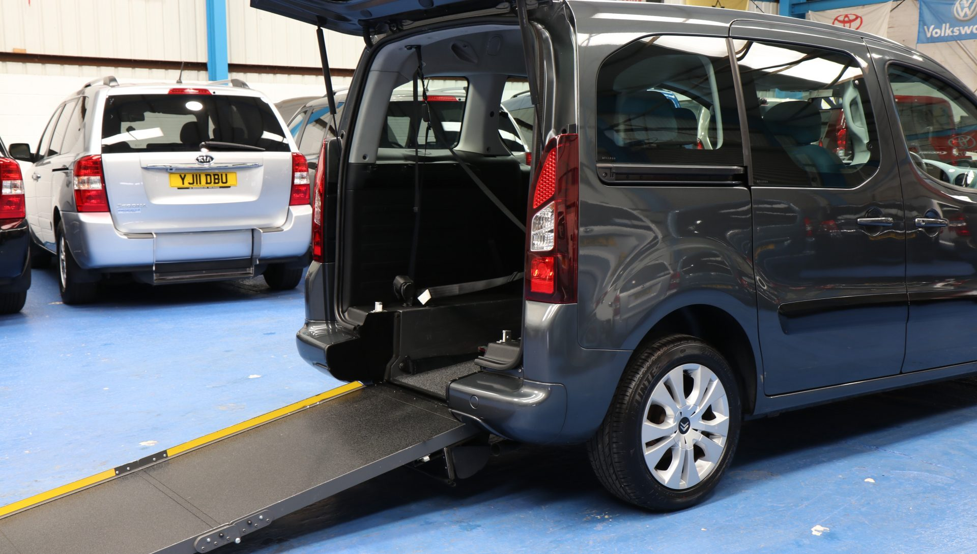 Berlingo Wheelchair access vehicle wf63