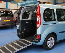 Kangoo Auto Wheelchair access car yj61