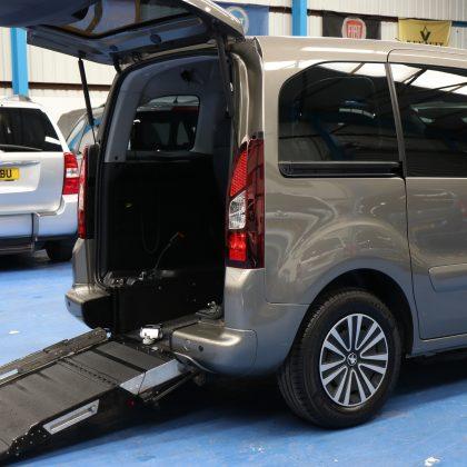 Peugeot petrol wheelchair cars sf14ekh