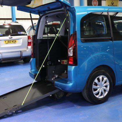 Berlingo Wheelchair access vehicle dxz